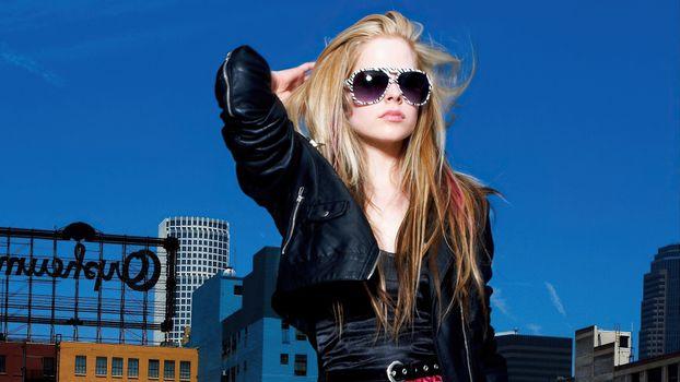 Заставки музыка, очки, Avril Lavinge