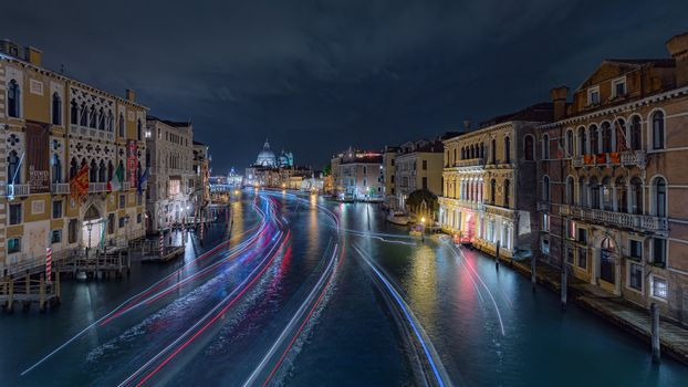 Заставки Italy, ночь, дома
