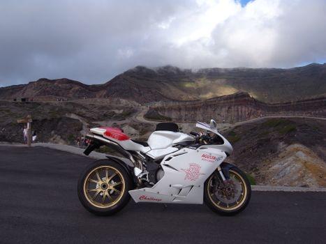 Фото бесплатно спортивный мотоцикл, белый, mv agusta