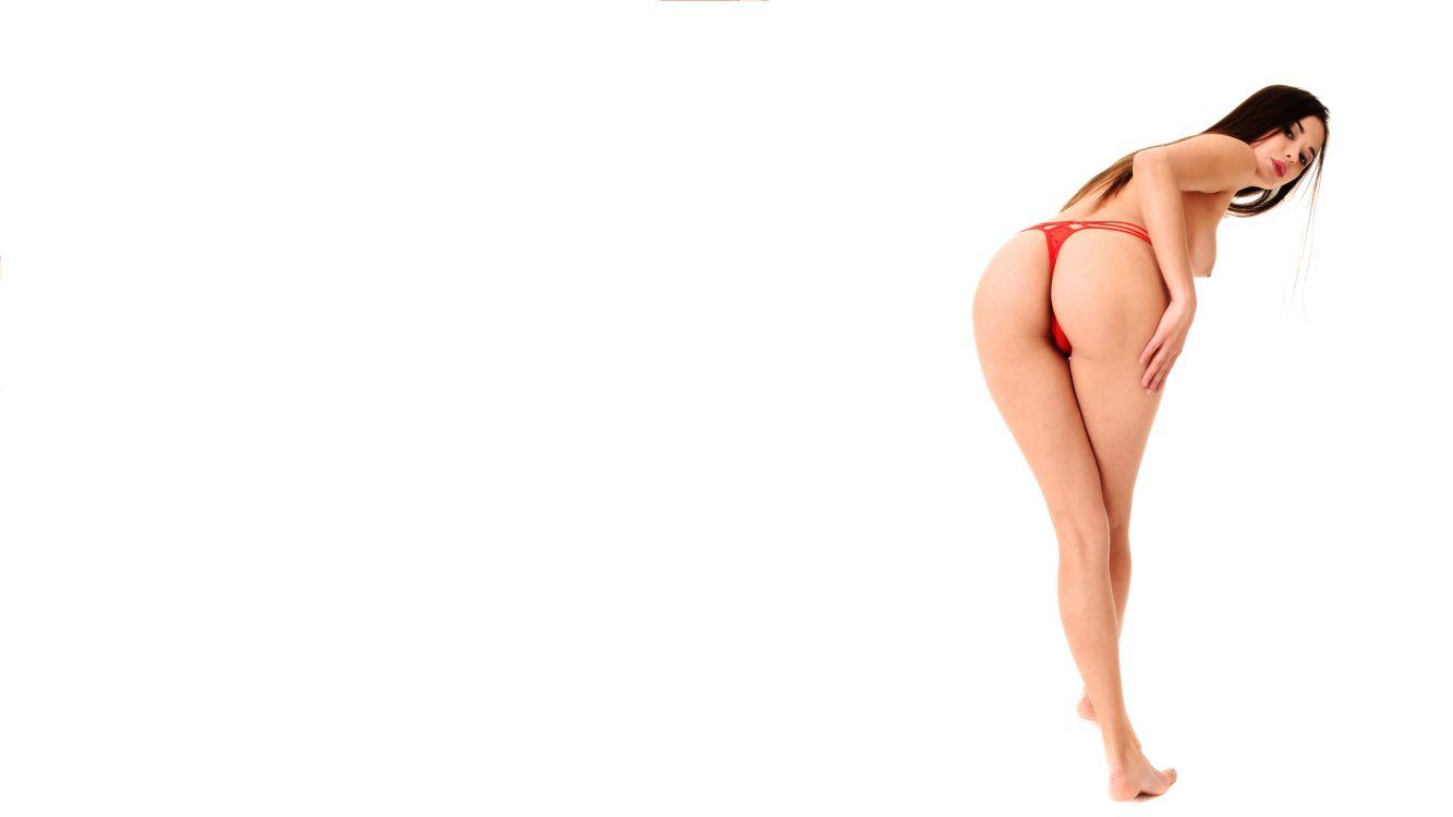 Фото бесплатно li moon, трусики, жопа, кики, топлесс, брюнетка, красные трусики, panties, ass, kiki, topless, brunette, red panties, эротика - скачать на рабочий стол