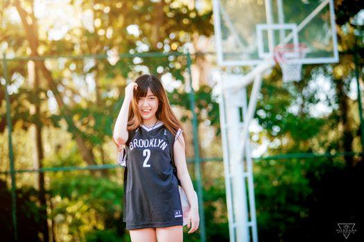 Фото бесплатно азиатка, модель, баскетбольная площадка