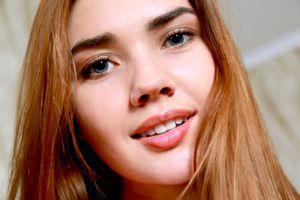 Бесплатные фото georgia,viva,модель,голубые глаза,русский,чувственные губы,лицо