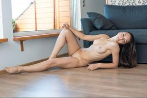 Бесплатные фото Karina Baru,Karina,Mary,Slava,модель,красотка,голая