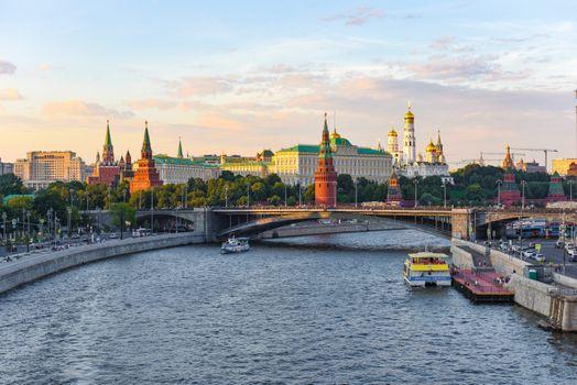Фото бесплатно Moscow Kremlin and Moscow River, Russia, Москва