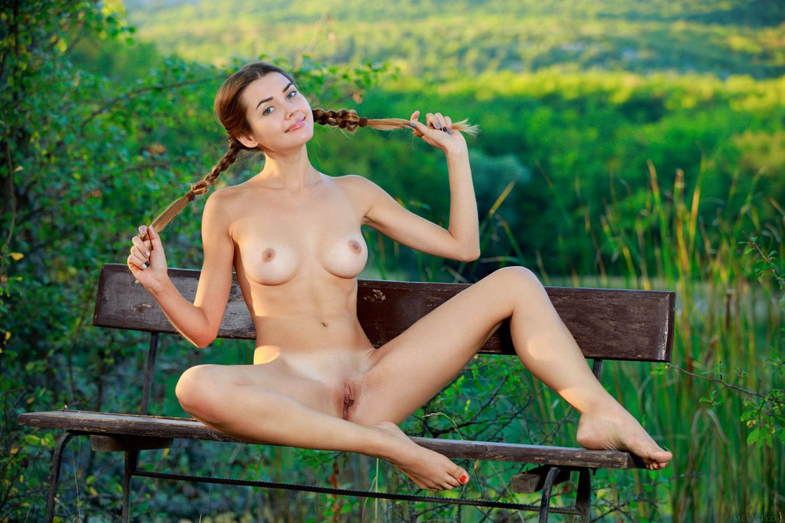 Фото бесплатно Georgia, модель, красотка, голая, голая девушка, обнаженная девушка, позы, поза, сексуальная девушка, эротика, Nude, Solo, Posing, Erotic, фотосессия, эротика