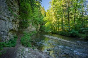 Заставки Долина в Утах природном парке Южный Шварцвальд, Германия, река