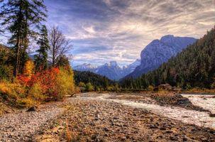 Бесплатные фото Осень в горах,Карвендель,Австрия,закат,горы,деревья,речка