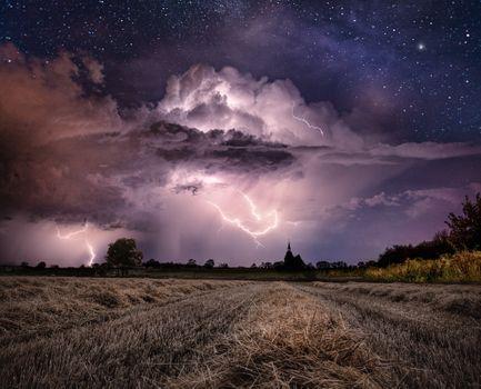 Фото бесплатно поле, молния, небо