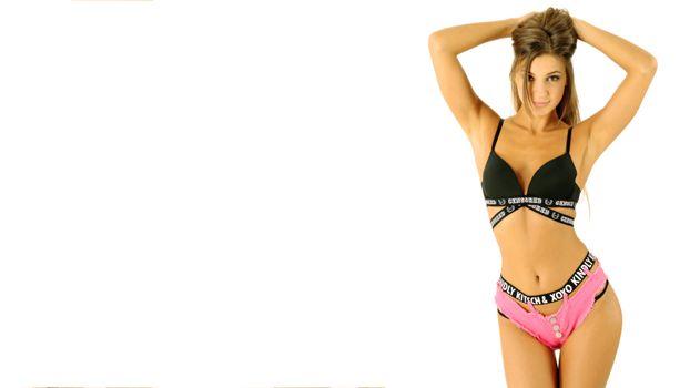 Бесплатные фото maria ryabushkina,бюстгальтер,трусики,джинсовые шорты,нижнее белье,bra,panties,jeans shorts,lingerie