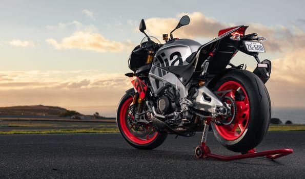 Photo free side view, aprilia tuono v4 factory 1100, sport motorcycle
