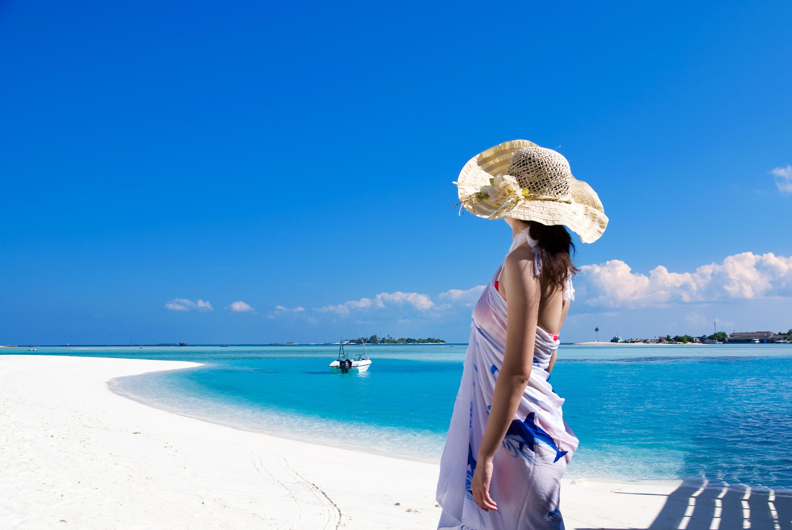 Эротические девушки обои по теме девушки на пляже дружно