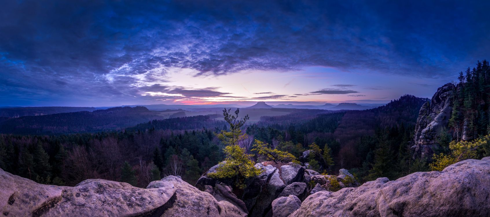 Фото бесплатно панорама, закат, горы, деревья, Саксония, Швейцария, Lilienstein, Кенингштайн, Rauenstein, пейзажи