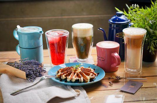 Фото бесплатно завтрак, кофе, вафли