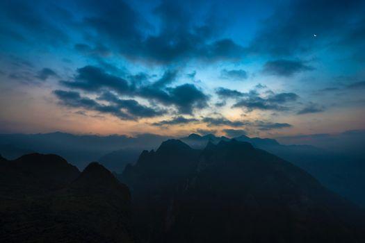 Фото бесплатно сумерки, горы, природа