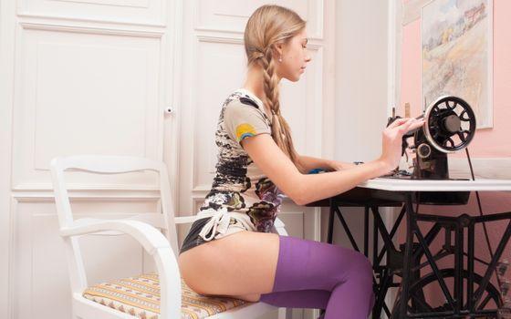 Фото бесплатно anjelica, abbie, портной, чулки, фиолетовые чулки, krystal boyd, tailor, stockings, purple stockings