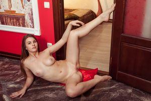 Заставки Bella Libre,модель,красотка,голая,голая девушка,обнаженная девушка,позы