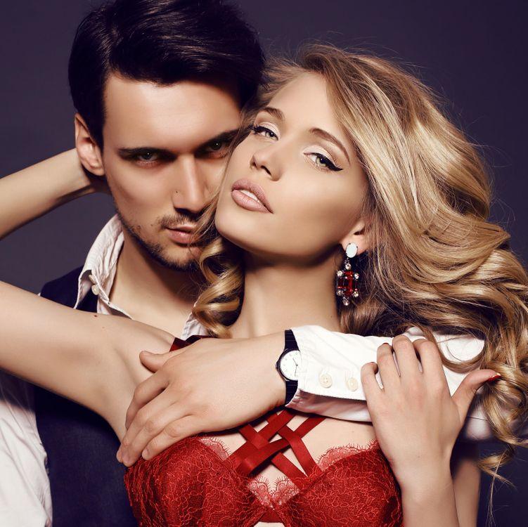 Фото бесплатно объятия, любовь, влюбленные, девушка, мужчина, пара, настроения