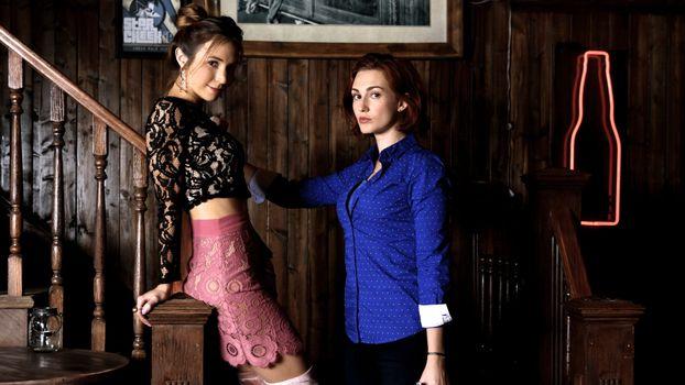 Photo free TV show, Wynonna Earp, two girls