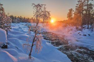 Бесплатные фото зима,закат,снег,речка,течение,деревья,лес