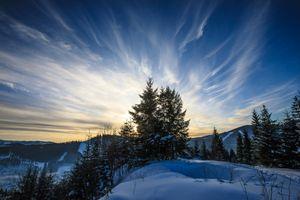 Заставка зима, снег, горы скачать бесплатно