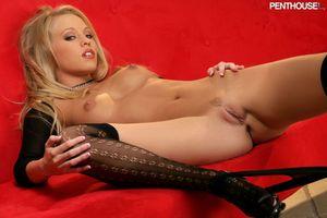 Бесплатные фото Brea Bennett,модель,красотка,голая,голая девушка,обнаженная девушка,позы