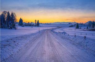 Бесплатные фото закат,зима,снег,сугробы,дорога,пейзаж