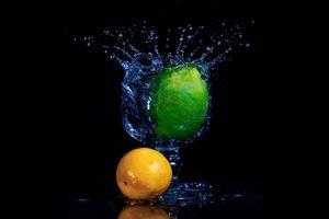 Бесплатные фото Lime Splash,чёрный фон,цитрусы,лимон,апельсин,вода,жидкость