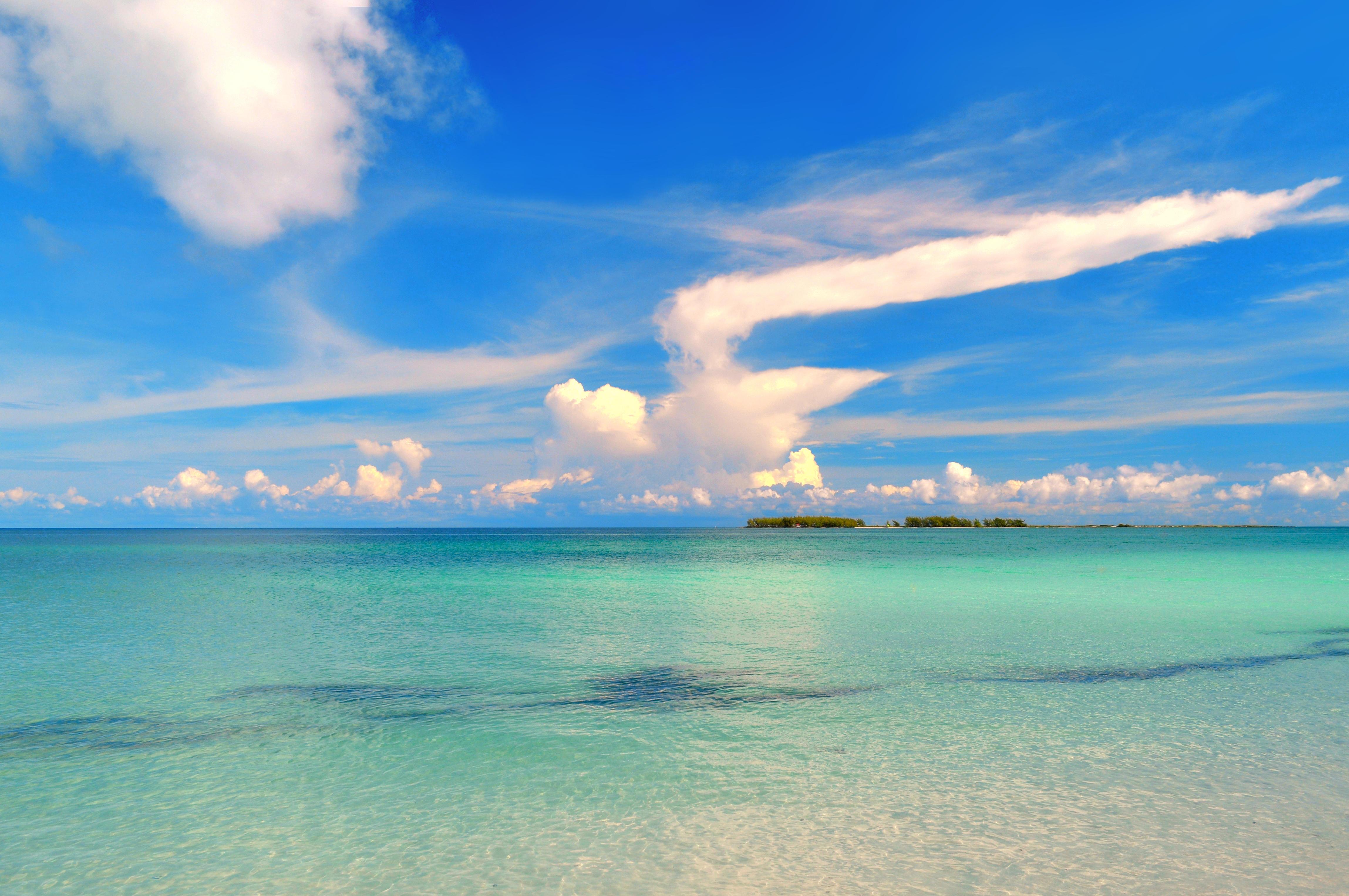 Обои море, остров, пейзаж