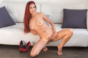 Бесплатные фото Paula Shy,красотка,голая,голая девушка,обнаженная девушка,позы,поза