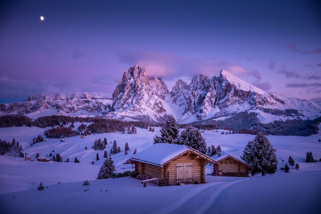 Картинка Сейзер Альм, Южный Тироль, Доломиты, Италия, зима, снег, сугробы, закат, горы, пейзаж на рабочий стол. Скачать фото обои пейзажи