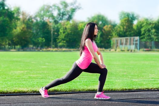Photo free girls, brunette girl, stretch exercise