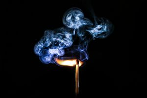 Дым от спички