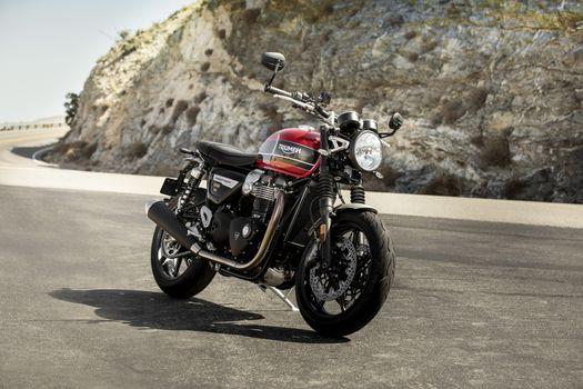 Фото бесплатно Триумф, мотоциклы, трасса