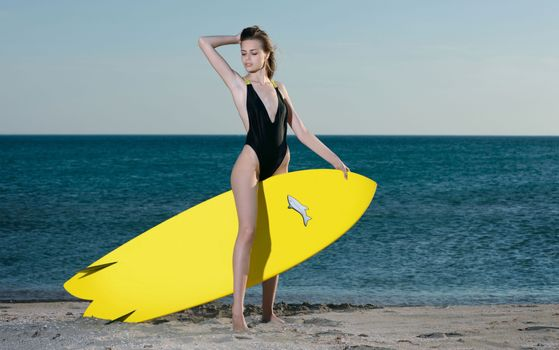 Photo free Elle, swimsuit, beach