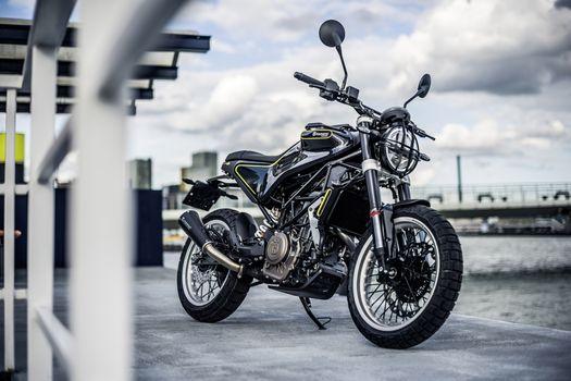 Photo free motorcycles, Husqvarna, 2017 Bikes