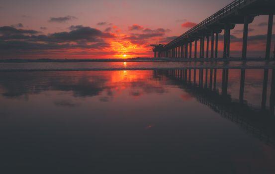 Закат и мост