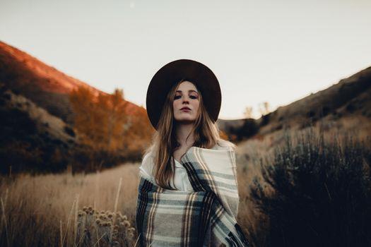 Фото бесплатно женщины, женщины с шляпы, блондинка