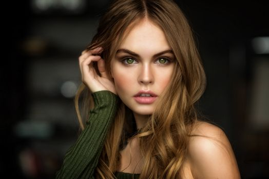 Photo free woman, Anastasia Scheglova, green eyes