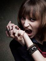 Бесплатные фото вампиры,окрашенные гвозди,женщины,модель