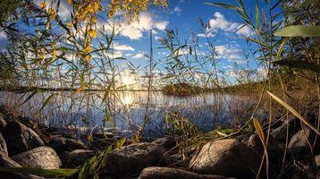Фото бесплатно закат, озеро, трава, камни, Финляндия, небо, отражение, пейзаж