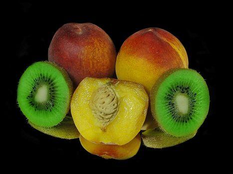 Заставки персики, киви, фрукты