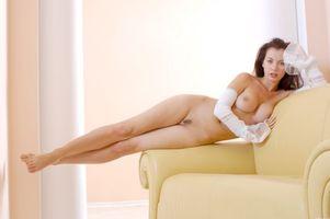 Бесплатные фото Dana A,модель,красотка,голая,голая девушка,обнаженная девушка,позы