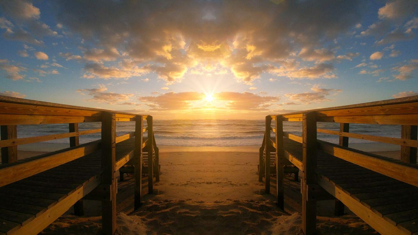 Обои закат солнца, воды, рассвет, мост, пирс, море, размышления, пляж, смеркаться, небо, панорама, берег, озеро, солнце, пейзаж на телефон | картинки пейзажи