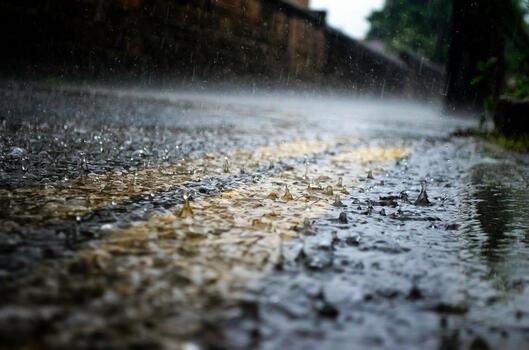 Фото бесплатно дождь, дорога, мокрый асфальт