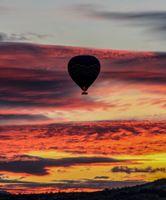 Фото бесплатно воздушный шар, небо, полет, закат, облака, balloon, sky, flight, sunset, clouds