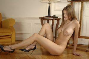 Бесплатные фото Camila B, модель, красотка, голая, голая девушка, обнаженная девушка, позы