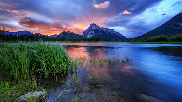Фото бесплатно Восход солнца над горой Рандл, Банф, Канада