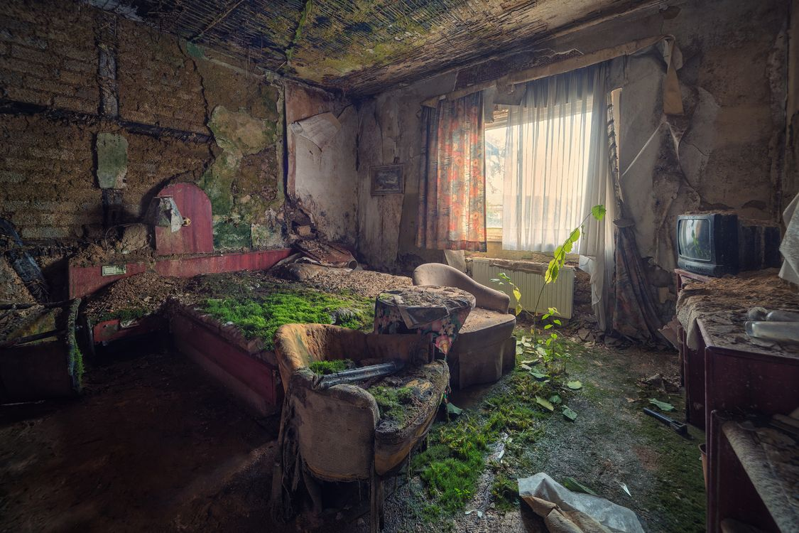 Photos for free abandoned, decay, old - to the desktop