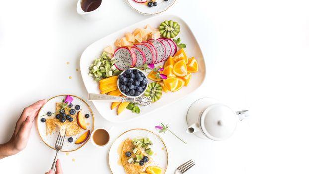 Фото бесплатно фрукты, тарелки, ягоды