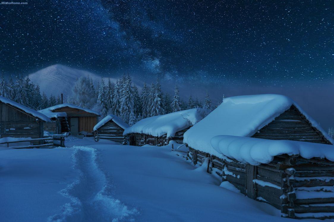 Обои дома, ночь, пейзаж картинки на телефон